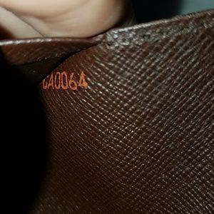 Damier wallet
